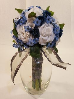 Dark blue, light blue, white and silver bouquet
